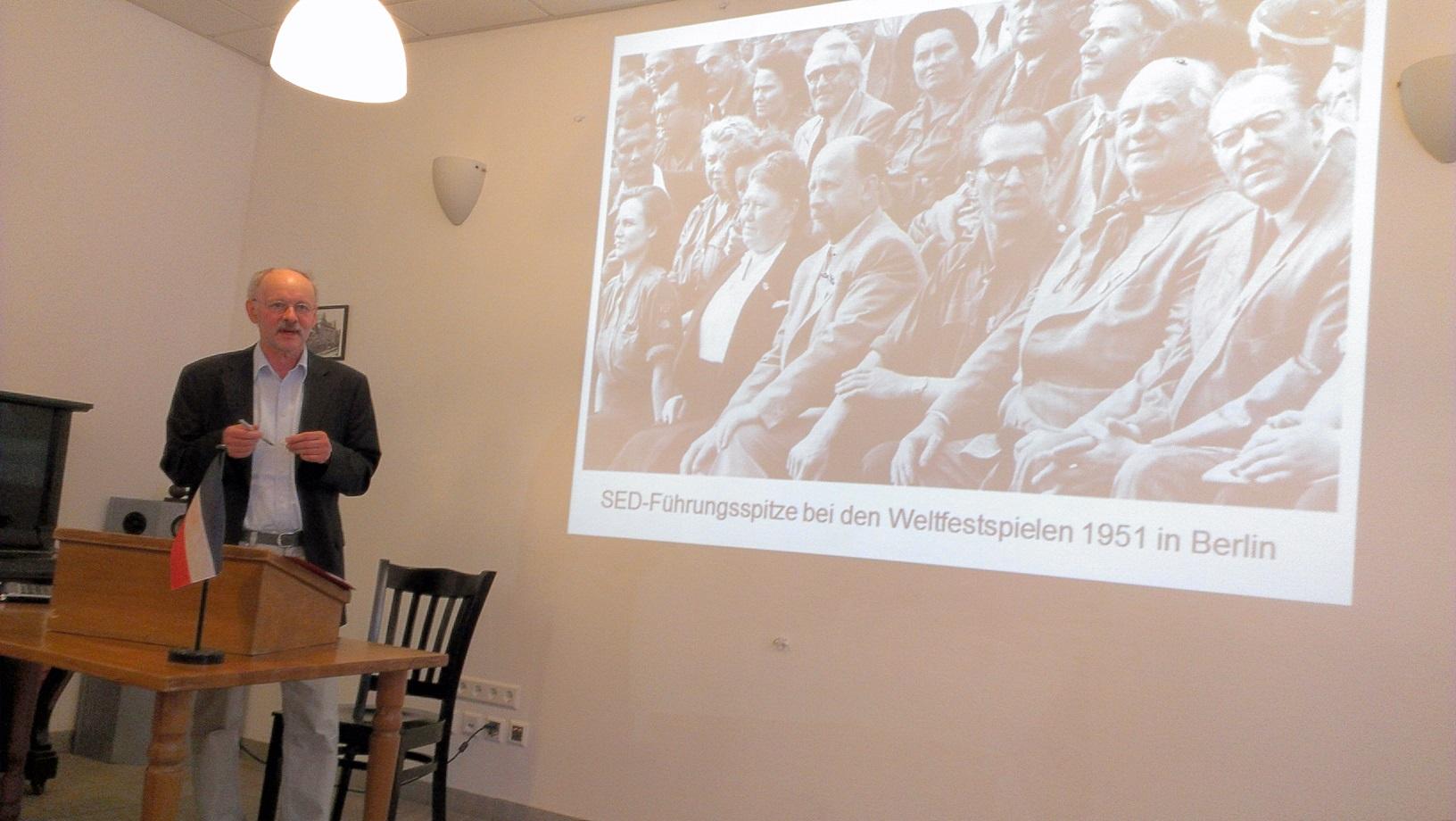 Erinnerung an den 60. Jahrestag zum Arbeiteraufstand in Ostberlin und in der DDR – Ein Vortrag von Bbr. Schumacher