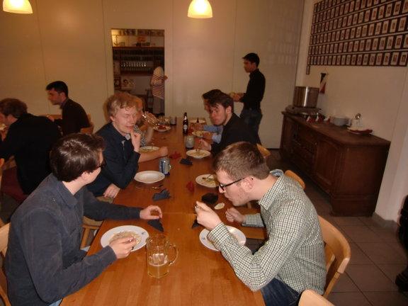 Essen zur 15. Jährung unserer Wiedergründung